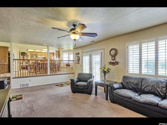 Additional photo for property listing at 4345 W 3850 S 4345 W 3850 S West Haven, Utah 84401 Estados Unidos