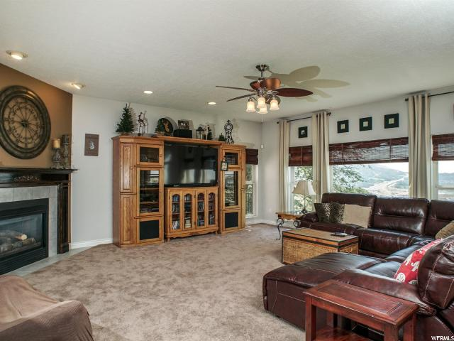 Additional photo for property listing at 6508 S 2800 E 6508 S 2800 E Ogden, Utah 84403 Estados Unidos