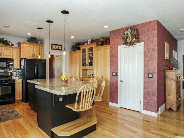 Additional photo for property listing at 6508 S 2800 E 6508 S 2800 E Ogden, Юта 84403 Соединенные Штаты