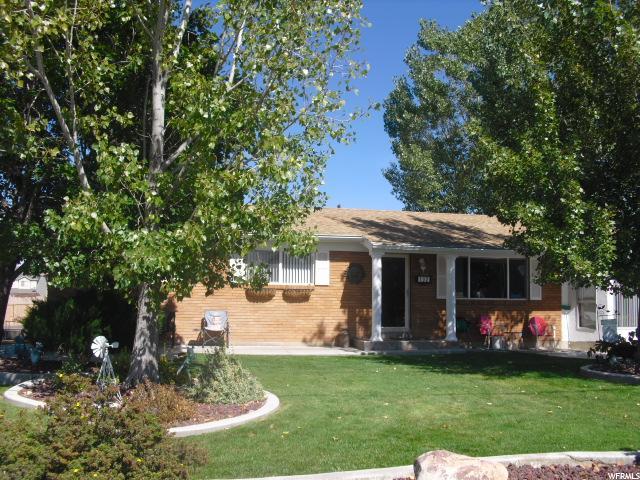 Single Family للـ Sale في 102 E 500 N 102 E 500 N Vernal, Utah 84078 United States