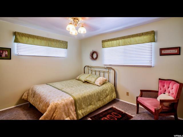 Additional photo for property listing at 1305 E 2050 N 1305 E 2050 N North Logan, Utah 84341 Estados Unidos