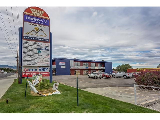 Additional photo for property listing at 5415 S 4145 W 5415 S 4145 W Kearns, Utah 84118 États-Unis