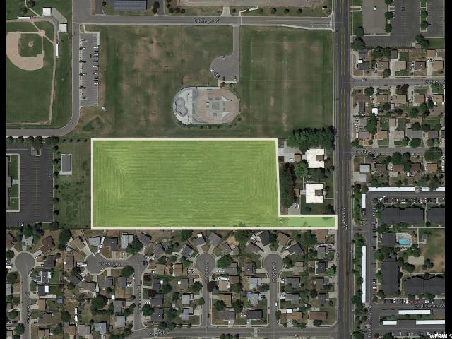 土地 为 销售 在 5944 S COUGAR Lane 5944 S COUGAR Lane Kearns, 犹他州 84118 美国