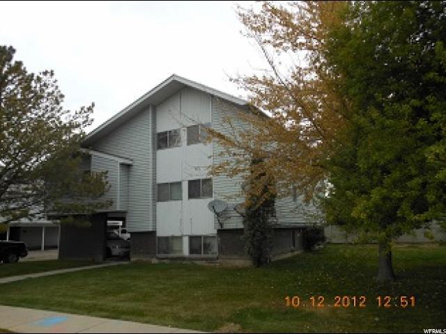 单亲家庭 为 出租 在 3508 W 2670 S 3508 W 2670 S Unit: 2 West Valley City, 犹他州 84120 美国