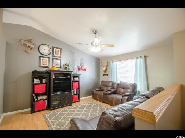 Additional photo for property listing at 2475 S 1050 W 2475 S 1050 W Perry, 犹他州 84302 美国