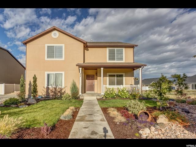 Unique la famille pour l Vente à 834 MATTEA Lane 834 MATTEA Lane Springville, Utah 84663 États-Unis
