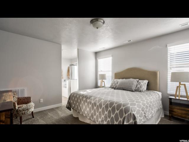 997 W STONEHAVEN DR North Salt Lake, UT 84054 - MLS #: 1484562