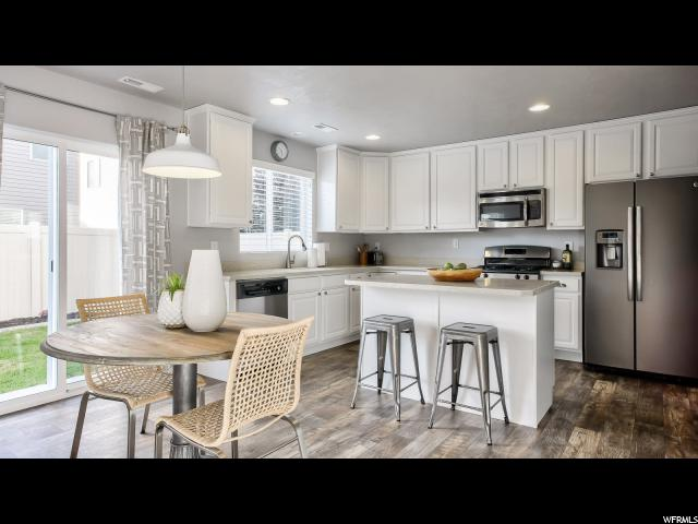 Additional photo for property listing at 997 W STONEHAVEN Drive 997 W STONEHAVEN Drive North Salt Lake, Utah 84054 United States