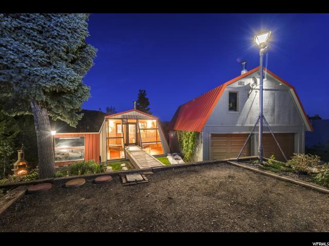 单亲家庭 为 销售 在 129 ZERMAT STRASSE 129 ZERMAT STRASSE Summit Park, 犹他州 84098 美国