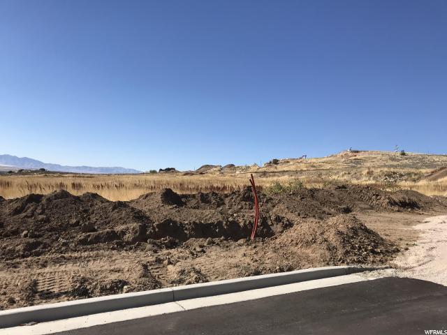 Additional photo for property listing at 4235 N 1150 W 4235 N 1150 W Pleasant View, Utah 84414 Estados Unidos