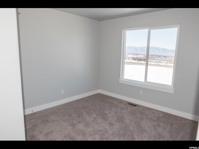 Additional photo for property listing at 2 N 2810 E 2 N 2810 E Unit: 8 Spanish Fork, Юта 84660 Соединенные Штаты