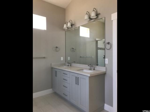 Additional photo for property listing at 6059 W CHAMBERRY WAY 6059 W CHAMBERRY WAY Highland, Utah 84003 États-Unis