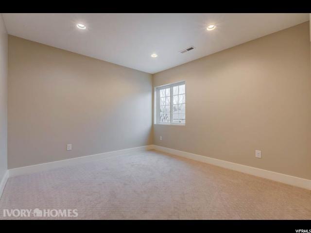 Additional photo for property listing at 1994 E OLYMPUS POINT DR PT 1994 E OLYMPUS POINT DR PT Holladay, Utah 84117 Estados Unidos