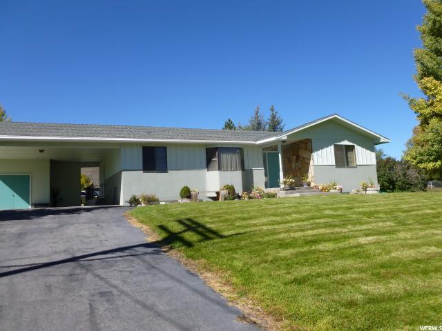 单亲家庭 为 销售 在 185 N 200 W 185 N 200 W Fountain Green, 犹他州 84632 美国