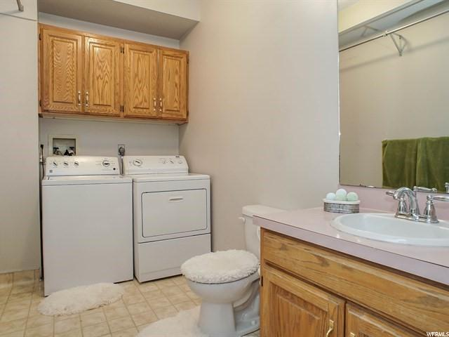 Additional photo for property listing at 494 E 3400 N 494 E 3400 N North Ogden, Utah 84414 États-Unis
