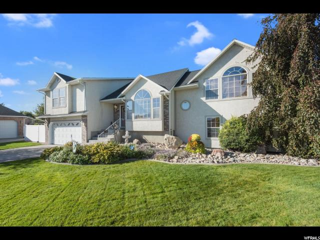 Single Family للـ Sale في 8308 S FOX POINTE Court 8308 S FOX POINTE Court West Jordan, Utah 84088 United States