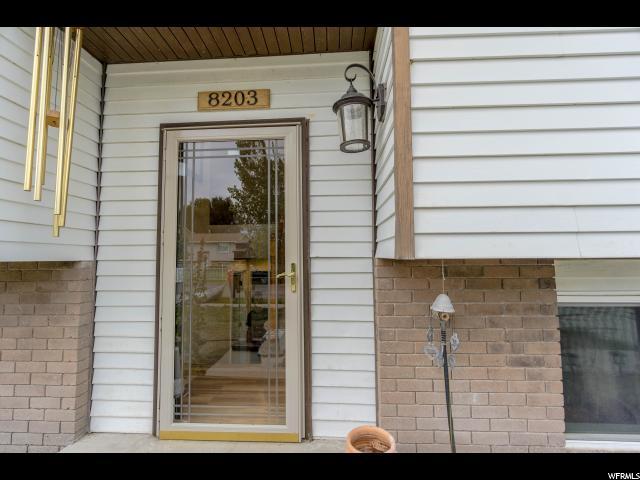 Additional photo for property listing at 8203 W WESTBURY Drive 8203 W WESTBURY Drive Magna, Utah 84044 États-Unis