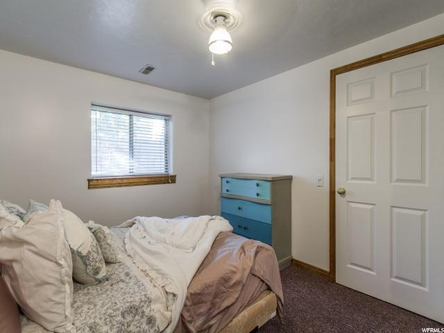 Additional photo for property listing at 6102 S LISHAWN Drive 6102 S LISHAWN Drive Taylorsville, Utah 84129 États-Unis