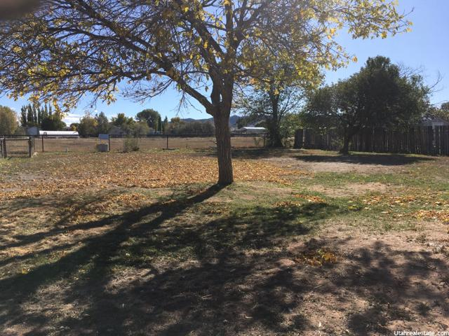 Additional photo for property listing at 610 E 2850 S 610 E 2850 S Vernal, Utah 84078 Estados Unidos