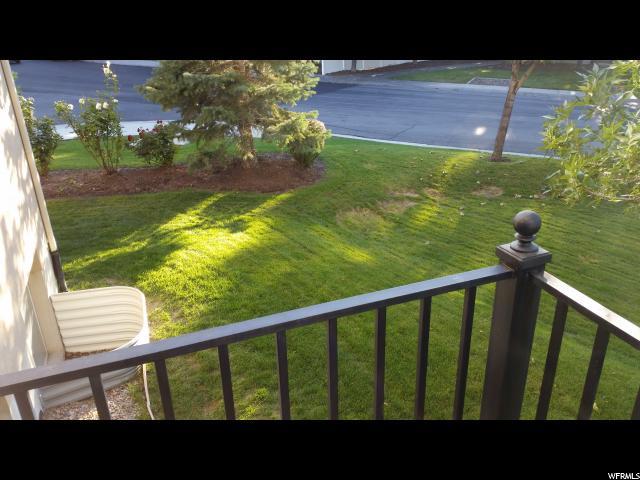 Additional photo for property listing at 795 E WHISPER CV 795 E WHISPER CV Sandy, Utah 84094 Estados Unidos