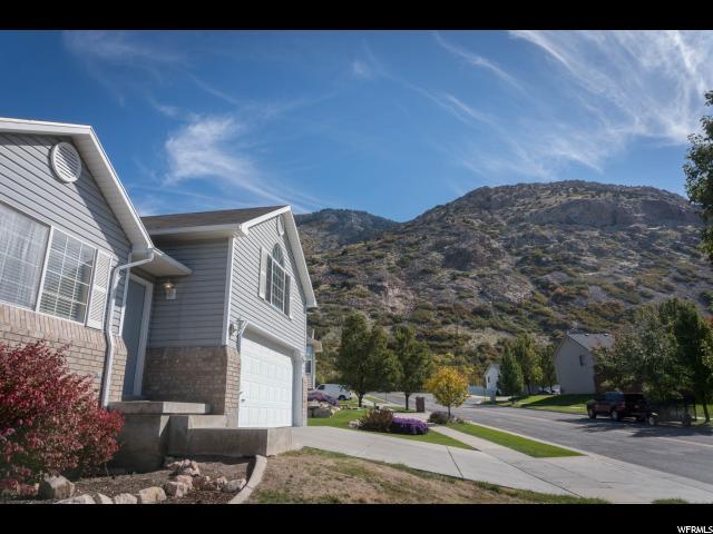 Unifamiliar por un Venta en 1074 E CANFIELD Drive 1074 E CANFIELD Drive Ogden, Utah 84404 Estados Unidos