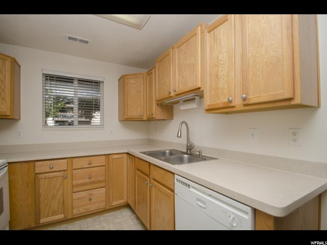 2421 N 400 Unit E5 North Ogden, UT 84414 - MLS #: 1485732