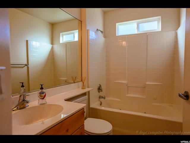 Additional photo for property listing at 438 COYOTE WAY 438 COYOTE WAY Ivins, Utah 84738 United States