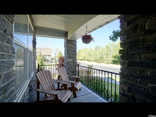 Additional photo for property listing at 8 E 1600 S 8 E 1600 S Farmington, 犹他州 84025 美国