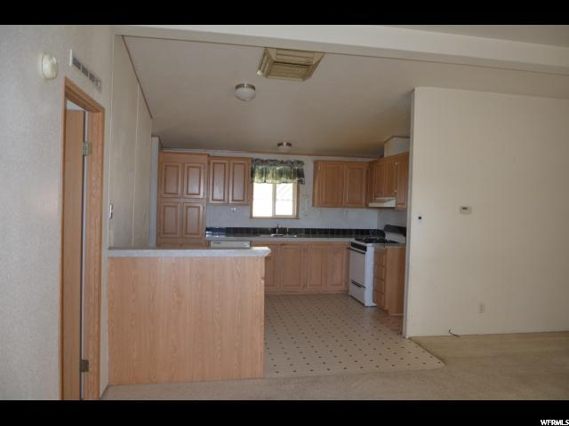 Additional photo for property listing at 1622 S 2000 E 1622 S 2000 E Naples, Юта 84078 Соединенные Штаты