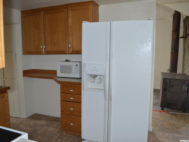 Additional photo for property listing at 247 W 200 S 247 W 200 S Vernal, 犹他州 84078 美国
