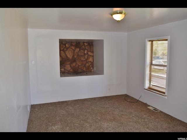 135 S 600 Wellington, UT 84542 - MLS #: 1486016