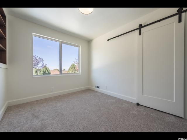 2516 E VILLAGE CIR Salt Lake City, UT 84108 - MLS #: 1486081