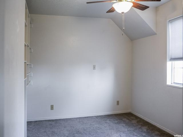 Additional photo for property listing at 196 W LAKEWOOD Drive 196 W LAKEWOOD Drive Orem, Utah 84058 États-Unis