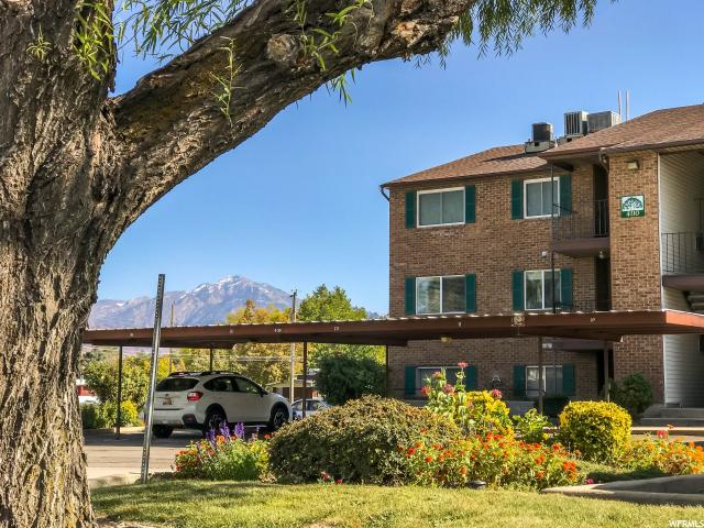 4110 S OAK MEADOW DR Unit 11 Taylorsville, UT 84123 - MLS #: 1486257