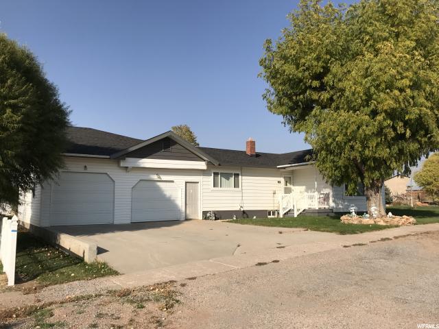 Один семья для того Продажа на 355 E CENTER 355 E CENTER Meadow, Юта 84644 Соединенные Штаты