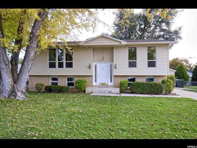 单亲家庭 为 销售 在 553 N STACI Court 553 N STACI Court 奥格登, 犹他州 84404 美国