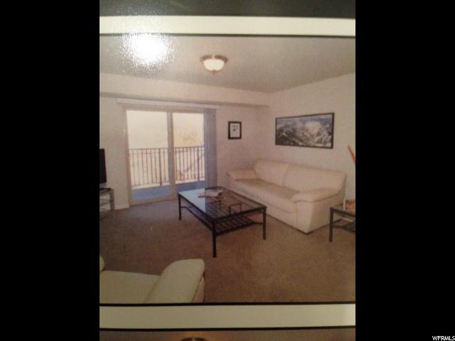 Additional photo for property listing at 1245 E PRIVET DR #3-429 E 1245 E PRIVET DR #3-429 E Unit: 3-429 Cottonwood Heights, Utah 84121 Estados Unidos