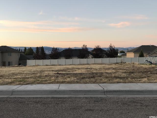 Additional photo for property listing at 335 E 2970 S 335 E 2970 S Naples, Utah 84078 Estados Unidos