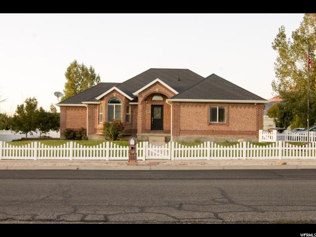 单亲家庭 为 销售 在 287 E 500 S 287 E 500 S Nephi, 犹他州 84648 美国
