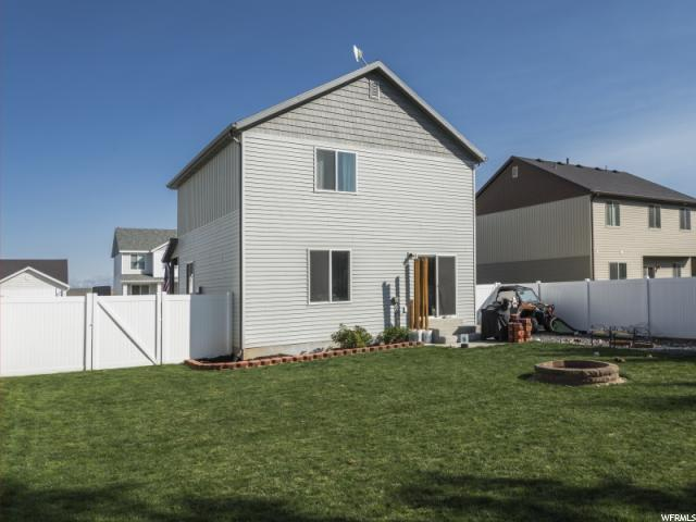 Additional photo for property listing at 325 W 750 N 325 W 750 N Santaquin, 犹他州 84655 美国