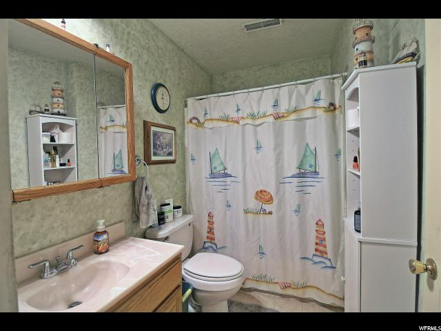Additional photo for property listing at 139 E 200 S 139 E 200 S Clifton, 爱达荷州 83228 美国