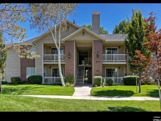 شقة بعمارة للـ Sale في 2095 S MAIN Street 2095 S MAIN Street Unit: 16 Bountiful, Utah 84010 United States