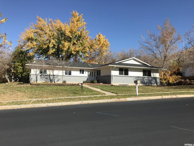 Single Family for Sale at 2829 E COUNTRY OAKS Drive 2829 E COUNTRY OAKS Drive Layton, Utah 84040 United States