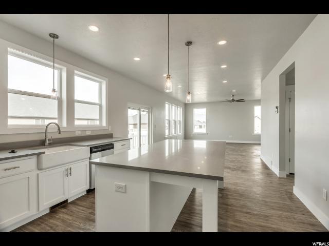 642 W RITTER Unit 505 Saratoga Springs, UT 84045 - MLS #: 1487047