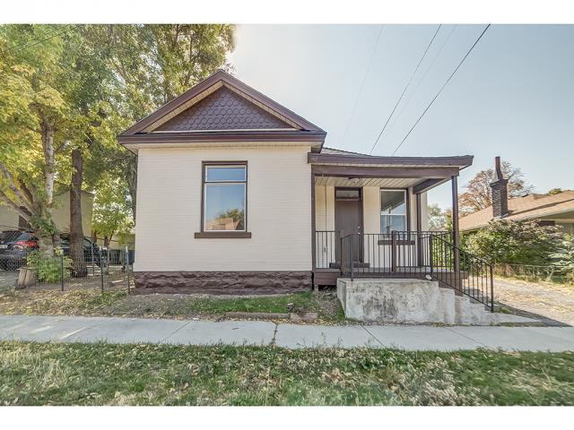 Additional photo for property listing at 1074 E KENSINGTON Avenue 1074 E KENSINGTON Avenue Salt Lake City, Utah 84105 United States