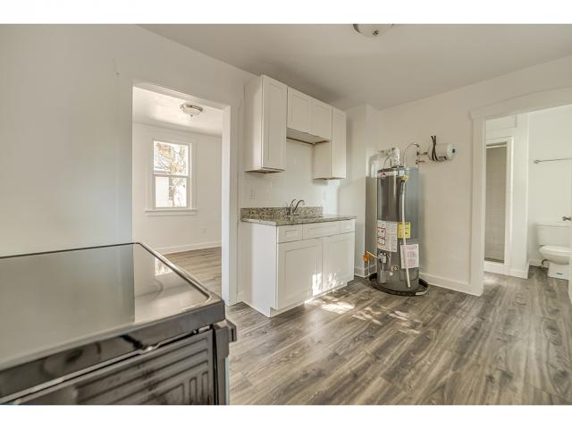 Additional photo for property listing at 1074 E KENSINGTON Avenue 1074 E KENSINGTON Avenue Salt Lake City, Utah 84105 Estados Unidos