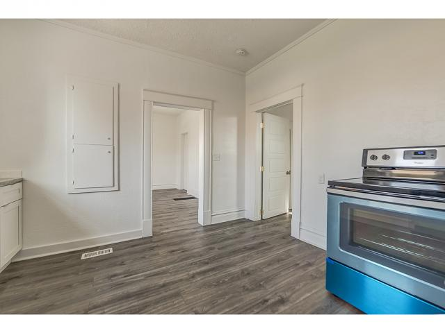 Additional photo for property listing at 1074 E KENSINGTON Avenue 1074 E KENSINGTON Avenue Salt Lake City, Юта 84105 Соединенные Штаты