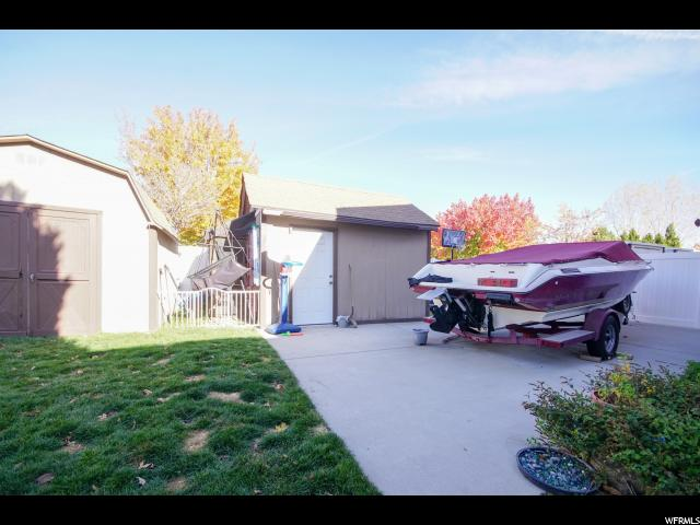 Additional photo for property listing at 9768 S SWEET BLOSSOM Drive 9768 S SWEET BLOSSOM Drive South Jordan, Utah 84095 United States
