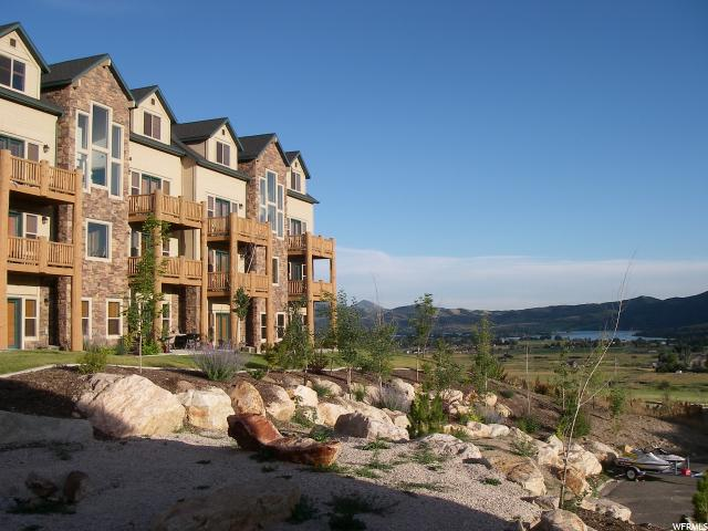 Condominium for Sale at 5060 LAKEVIEW Drive 5060 LAKEVIEW Drive Unit: 1106 Eden, Utah 84310 United States