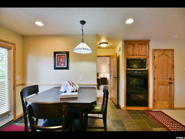 Additional photo for property listing at 5060 LAKEVIEW Drive 5060 LAKEVIEW Drive Unit: 1106 Eden, Utah 84310 United States